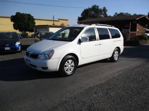 2012 Kia Sedona for sale at Manzanita Car Sales in Gridley CA