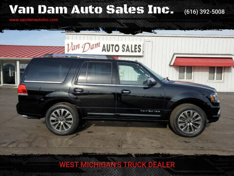 2017 Lincoln Navigator for sale at Van Dam Auto Sales Inc. in Holland MI
