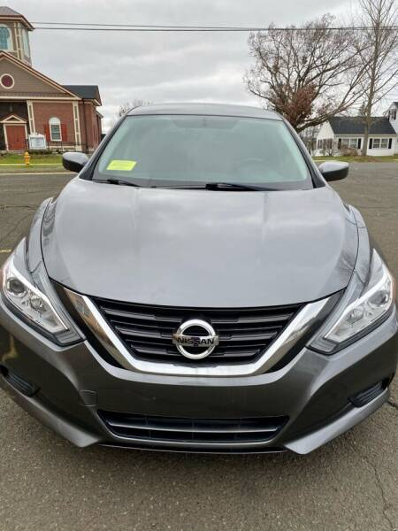 2016 Nissan Altima for sale at AR's Used Car Sales LLC in Danbury CT