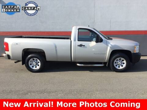 2009 Chevrolet Silverado 1500 for sale at Road Ready Used Cars in Ansonia CT