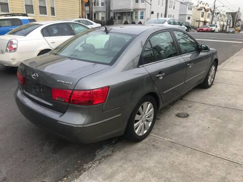 2009 Hyundai Sonata for sale at Best Cars R Us LLC in Irvington NJ