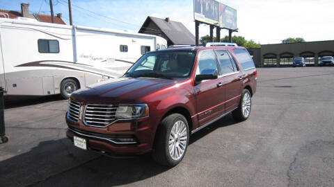 2015 Lincoln Navigator for sale at Auto Shoppe in Mitchell SD