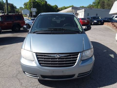 2005 Chrysler Town and Country for sale at Auto Villa in Danville VA