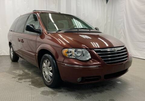 2007 Chrysler Town and Country for sale at Direct Auto Sales in Philadelphia PA