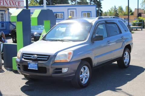 2007 Kia Sportage for sale at BAYSIDE AUTO SALES in Everett WA