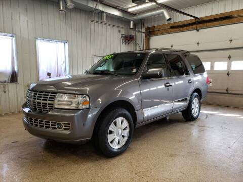 2014 Lincoln Navigator for sale at Sand's Auto Sales in Cambridge MN