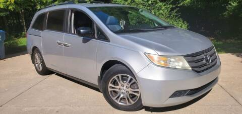 2013 Honda Odyssey for sale at Sinclair Auto Inc. in Pendleton IN