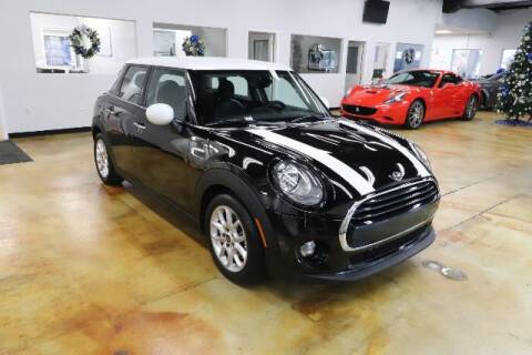 2017 MINI Hardtop 4 Door for sale at RPT SALES & LEASING in Orlando FL