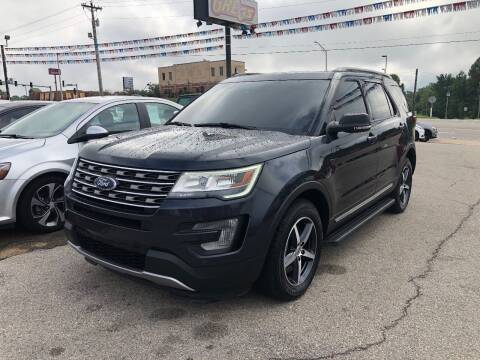 2017 Ford Explorer for sale at Greg's Auto Sales in Poplar Bluff MO