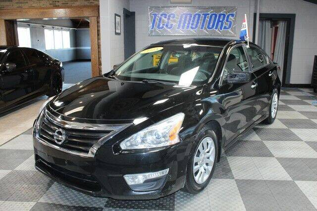 2015 Nissan Altima for sale at TCC Motors in Farmington Hills MI