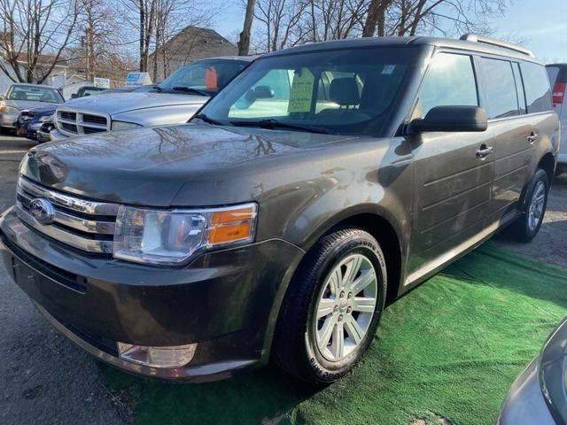 2011 Ford Flex for sale at Drive Deleon in Yonkers NY