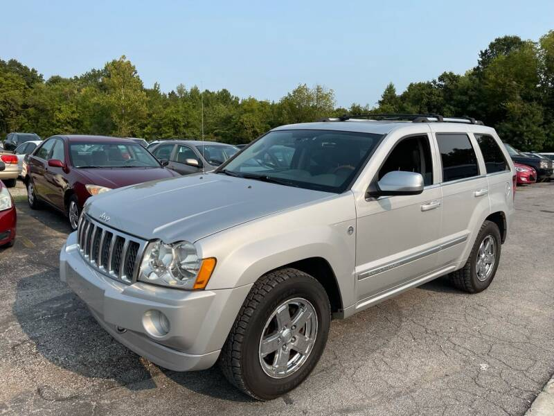 2006 Jeep Grand Cherokee for sale at Best Buy Auto Sales in Murphysboro IL