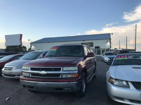 2003 Chevrolet Suburban for sale at BELOW BOOK AUTO SALES in Idaho Falls ID