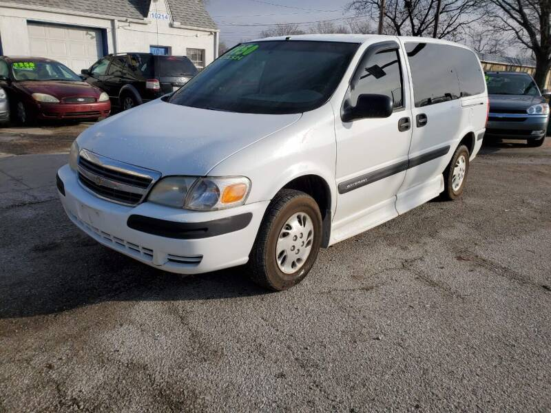 2002 Chevrolet Venture for sale at Street Side Auto Sales in Independence MO