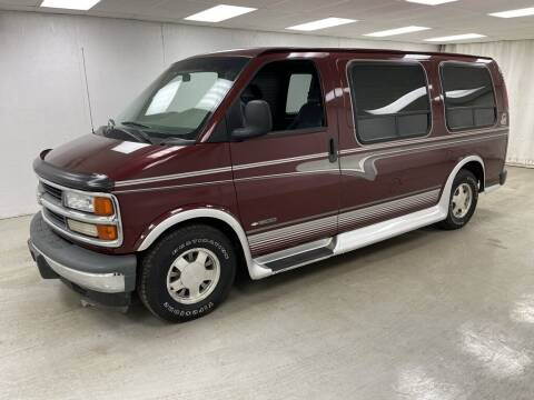 1999 Chevrolet Express for sale at Kerns Ford Lincoln in Celina OH