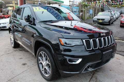 2018 Jeep Grand Cherokee for sale at LIBERTY AUTOLAND INC in Jamaica NY