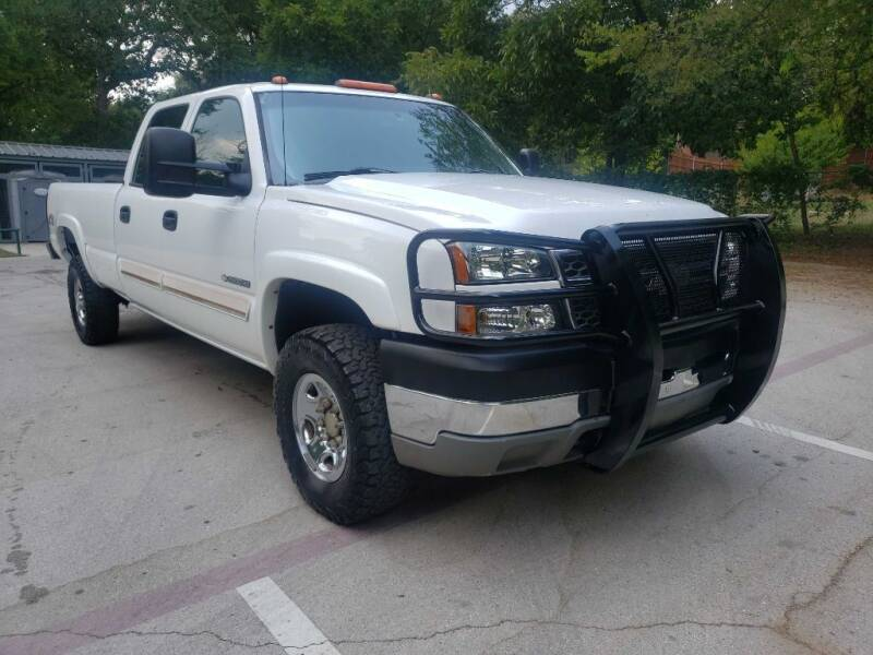 2005 Chevrolet Silverado 2500HD for sale at Thornhill Motor Company in Lake Worth TX