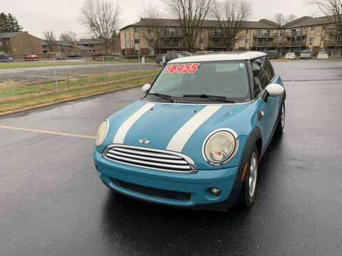 2009 MINI Cooper for sale at Clarks Auto Sales in Connersville IN