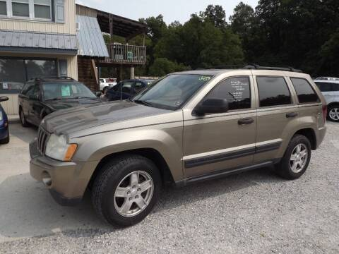 2006 Jeep Grand Cherokee for sale at Country Side Auto Sales in East Berlin PA