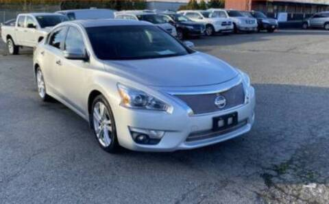 2013 Nissan Altima for sale at JacksonvilleMotorMall.com in Jacksonville FL