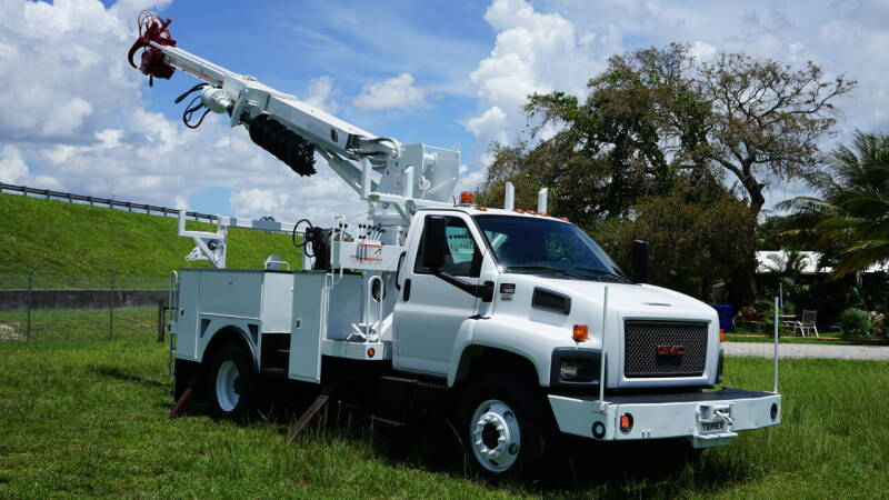 2009 GMC C7500 for sale at American Trucks and Equipment in Hollywood FL