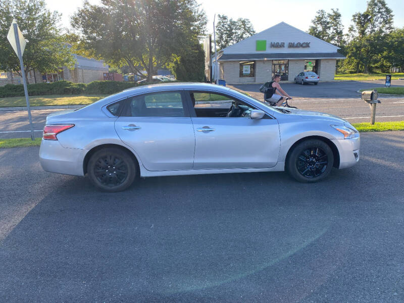 2013 Nissan Altima for sale at BT Mobility LLC in Wrightstown NJ