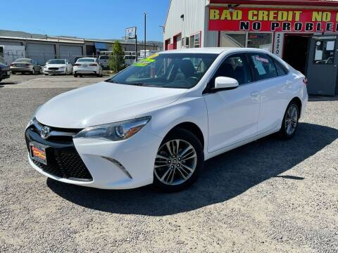 2016 Toyota Camry for sale at Yaktown Motors in Union Gap WA
