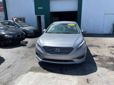 2017 Hyundai Sonata for sale at Dream Cars 4 U in Hollywood FL