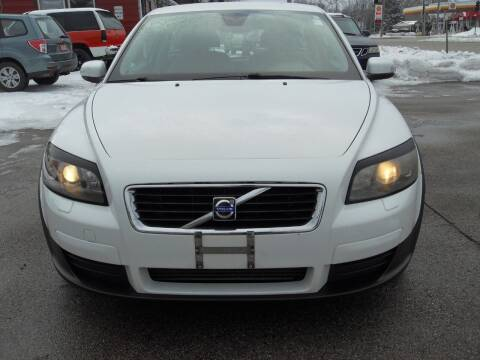 2008 Volvo C30 for sale at GLOBAL AUTOMOTIVE in Gages Lake IL