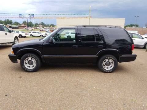 1998 GMC Jimmy for sale at Frontline Auto Sales in Martin TN