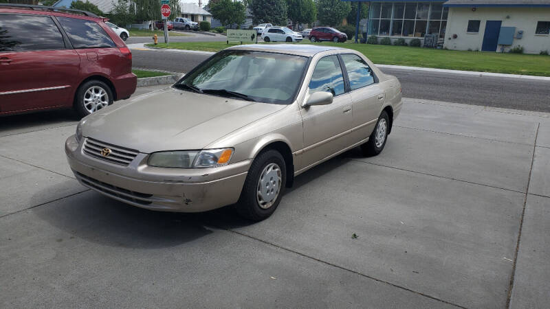 1998 Toyota Camry for sale at West Richland Car Sales in West Richland WA