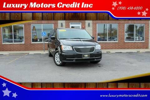 2013 Chrysler Town and Country for sale at Luxury Motors Credit Inc in Bridgeview IL