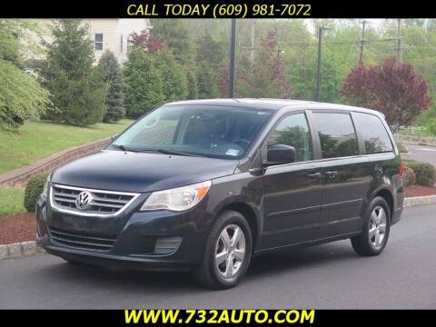 2010 Volkswagen Routan for sale at Absolute Auto Solutions in Hamilton NJ