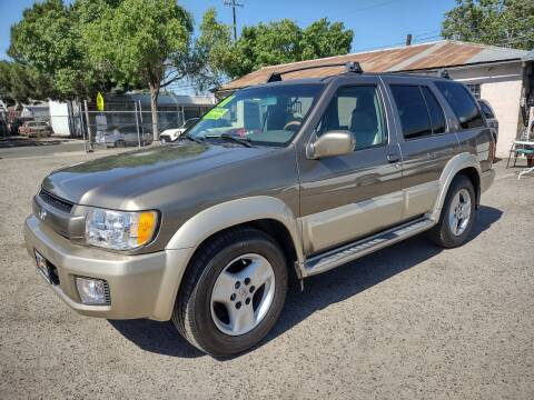 2001 Infiniti QX4 for sale at Larry's Auto Sales Inc. in Fresno CA