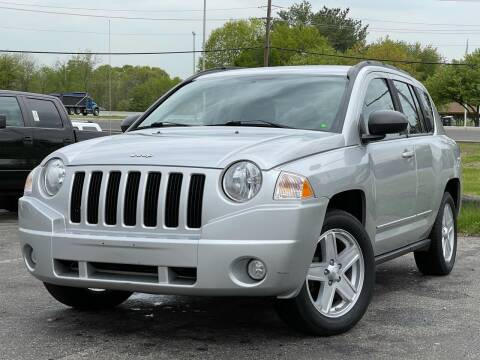 2010 Jeep Compass for sale at MAGIC AUTO SALES in Little Ferry NJ