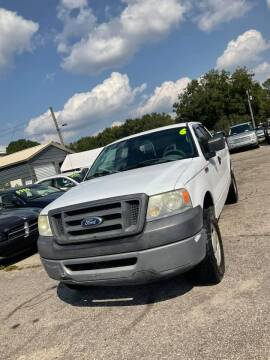 2006 Ford F-150 for sale at Autocom, LLC in Clayton NC