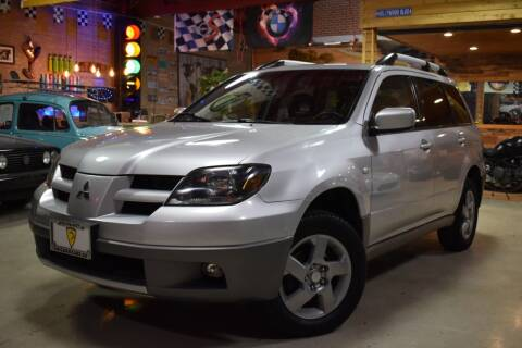 2003 Mitsubishi Outlander for sale at Chicago Cars US in Summit IL