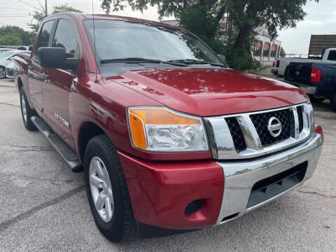 2013 Nissan Titan for sale at PRESTIGE AUTOPLEX LLC in Austin TX
