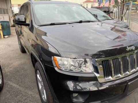 2013 Jeep Grand Cherokee for sale at Car VIP Auto Sales in Danbury CT