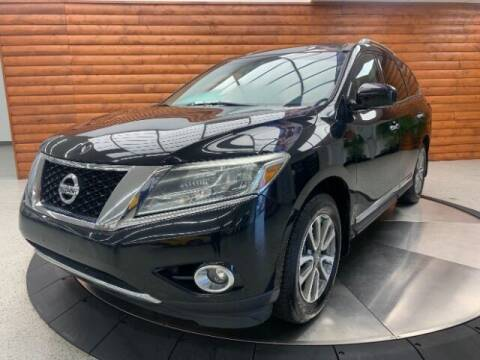 2014 Nissan Pathfinder for sale at Dixie Imports in Fairfield OH