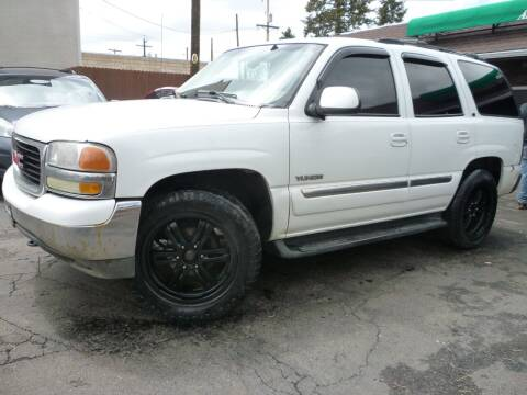 2002 GMC Yukon for sale at Sindibad Auto Sale, LLC in Englewood CO