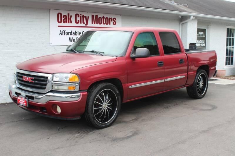 2005 GMC Sierra 1500 for sale at Oak City Motors in Garner NC