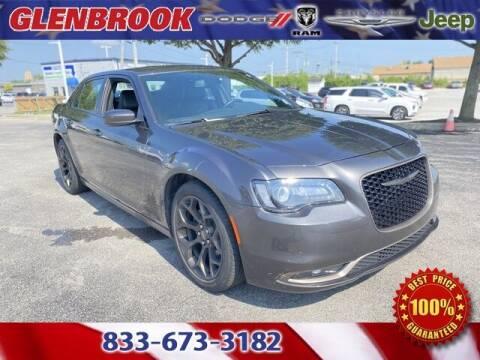 2019 Chrysler 300 for sale at Glenbrook Dodge Chrysler Jeep Ram and Fiat in Fort Wayne IN