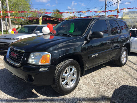 2004 GMC Envoy for sale at Antique Motors in Plymouth IN
