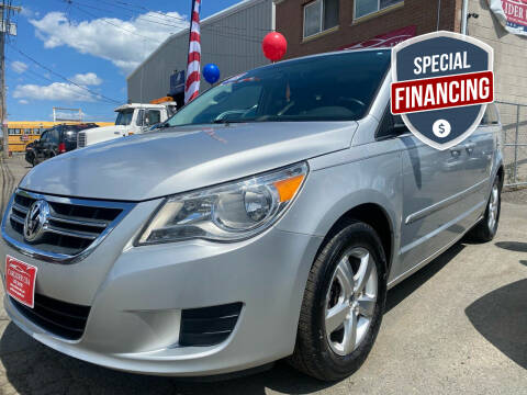 2009 Volkswagen Routan for sale at Carlider USA in Everett MA