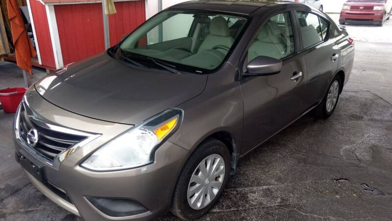 2015 Nissan Versa for sale at AFFORDABLE AUTO SALES in Saint Petersburg FL