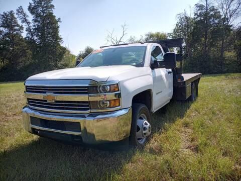 2016 Chevrolet Silverado 3500HD for sale at LA PULGA DE AUTOS in Dallas TX