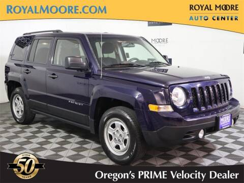 2015 Jeep Patriot for sale at Royal Moore Custom Finance in Hillsboro OR