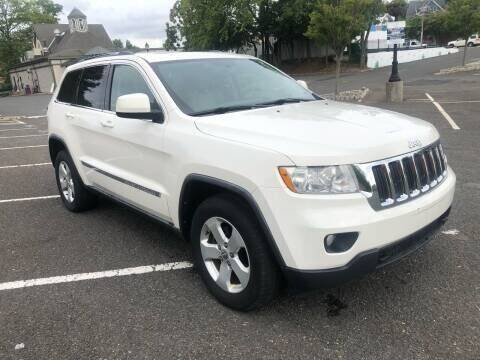 2011 Jeep Grand Cherokee for sale at Pinnacle Automotive Group in Roselle NJ