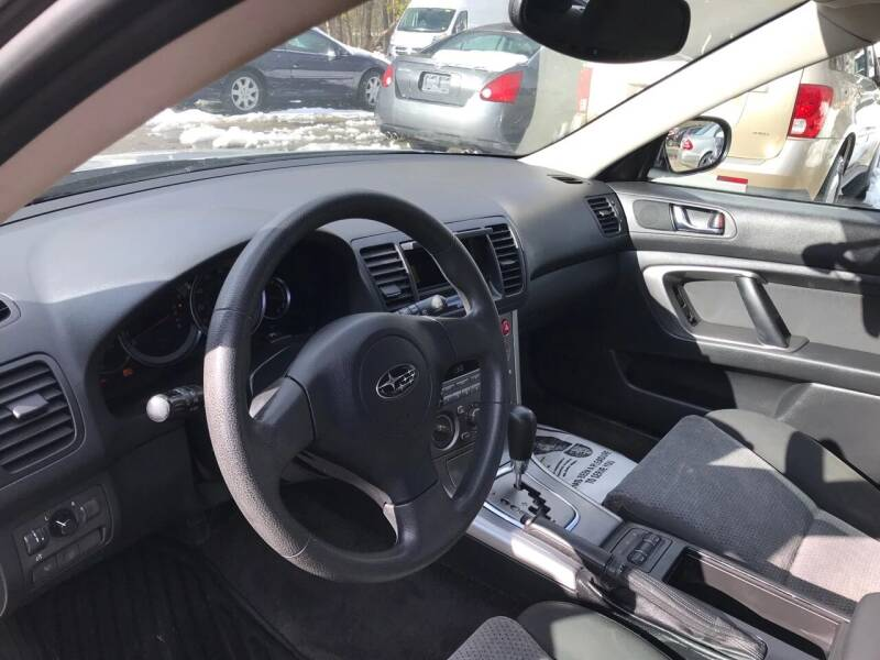 2005 Subaru Outback AWD 2.5i 4dr Wagon - Danbury CT